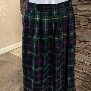 Pretense plaid skirt size 16